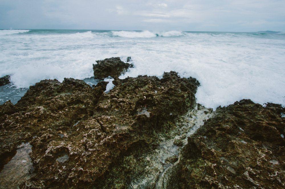 beach-coast-daylight-632330