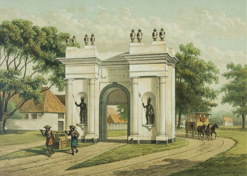 COLLECTIE_TROPENMUSEUM_De_oude_kasteelpoort_van_Batavia_TMnr_3728-769